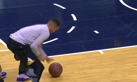 Steph Curry se pasa al curling
